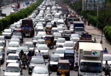 Traffic jam at Sharah e faisal