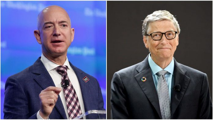 Jeff Bezos - CEO of Amazon on left and Bill Gates - CEO of Microsoft on right