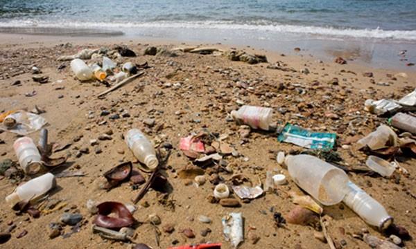 Trash at Karachi Sea View