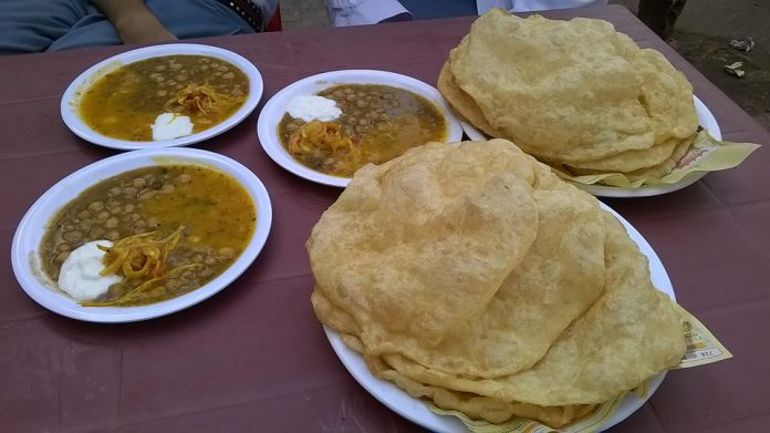 Mangobaaz,com - PERFECT PLACES FOR DESI BREAKFAST Source: vis: Sheikh Hashir/ Facebook