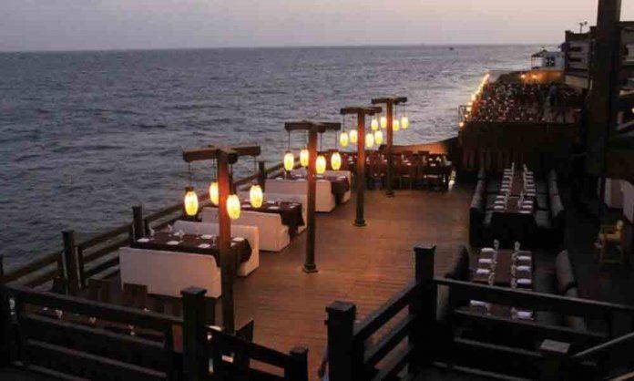 SOURCE: REVIEWIT.PK - 3 Best Restaurants with Outdoor Seating in Karachi.