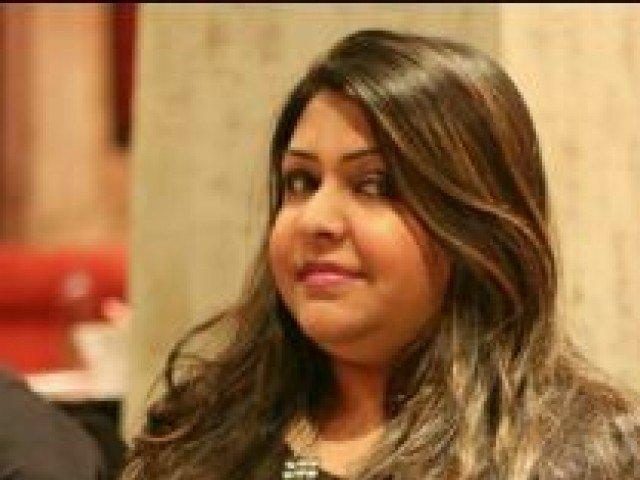 Doctor flees after botched kidney transplant on Umer Sharif's daughter