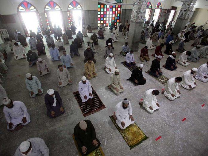 Sindh govt announced their decision to allow congregational prayers on Eid-ul-Fitr and Jumu'atul-Wida.