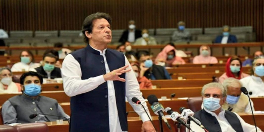 There has been no confusion or contradiction in official policies since the start of the pandemic, PM Imran.
