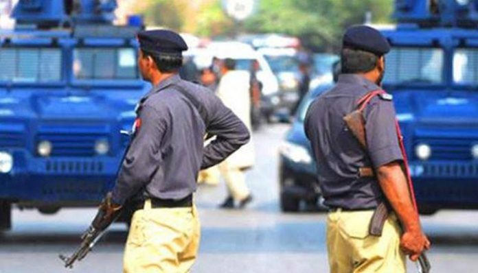 Sindh Police sealed the roads around the Boat Basin area due to security threats.