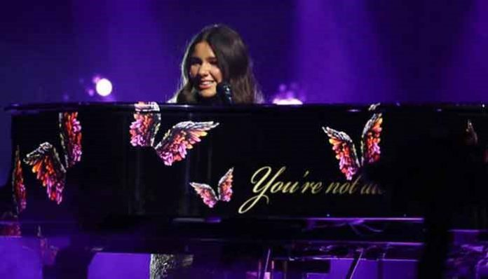 British-Pakistani blind singer Sirine Jahangir won millions of hearts with her performance.