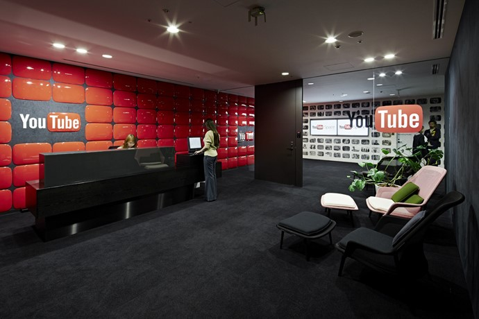 YouTube users face a number of problems due to the nonexistence of YouTube offices in Pakistan.