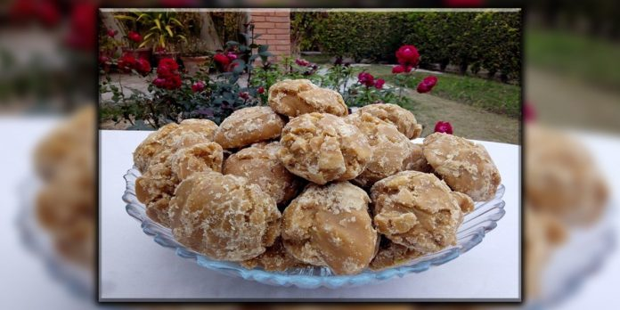 Jaggery 'Gur' is beneficial for various diseases like migraine knee and back pain etc.