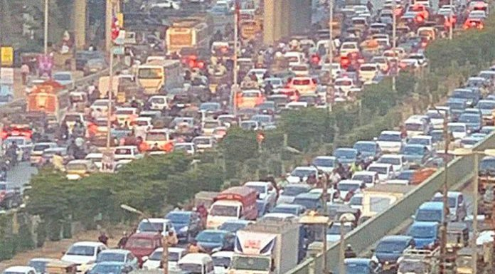 Karachi individuals faced serious traffic issues due to PSL.