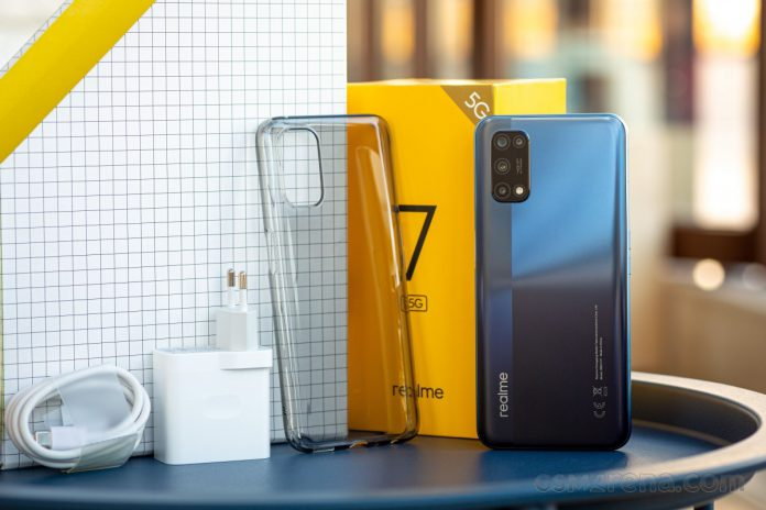 Realme is known as the number one selling smartphone in Pakistan.