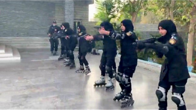 The Karachi police formed the Skating Force to eliminate street crimes.