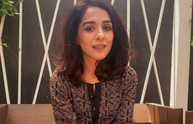Yasra Rizvi bang those people who criticize her work in drama 'Dunk'.