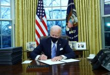 New US President Biden Signs Executive Order to Lift Travel Ban on Muslim Countries