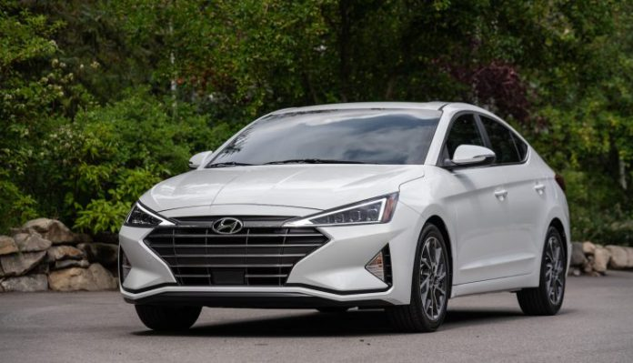 Hyundai to launch Elantra on 21st March in Pakistan