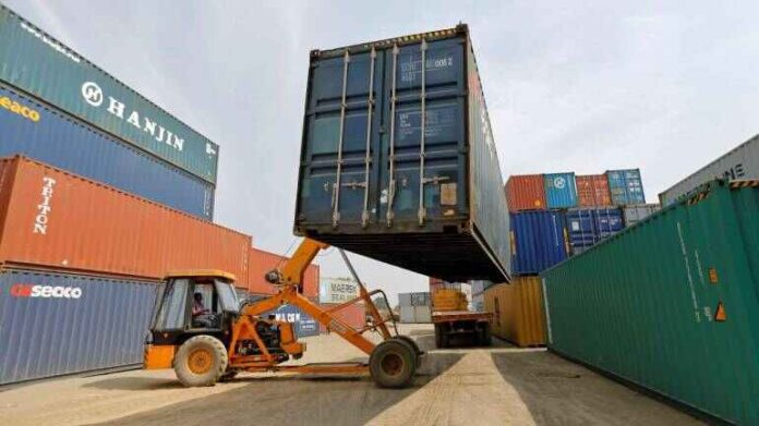 Exports over $2 Billion for 7th Consecutive Months in April, Abdul Razak