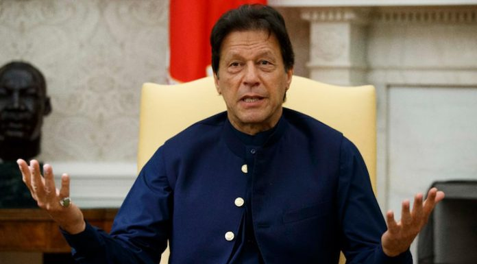 Tree Planting, Only Way to Restore Ecosystem - PM's advice to Pakistanis